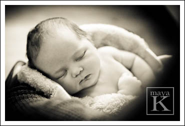 Sleeping-newborn-176