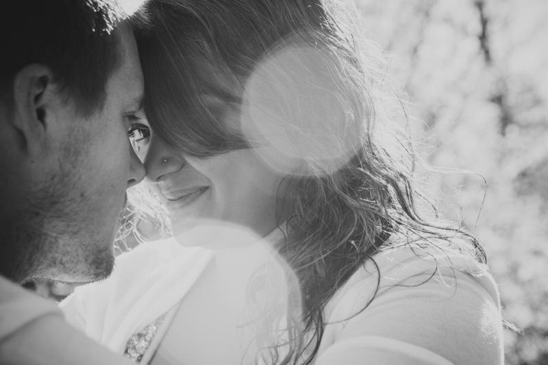 Romantic_engagement_portrait-186