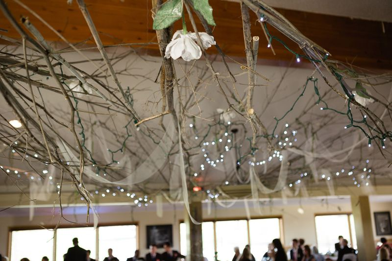 13_wedding reception decor natural